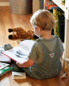 Reading with Toddlers: 10 Tips for Success